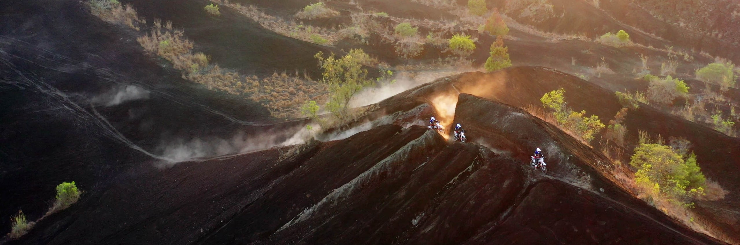 Bali_Dirt_Bikes_Kintamani_Black_Lava_Slider2