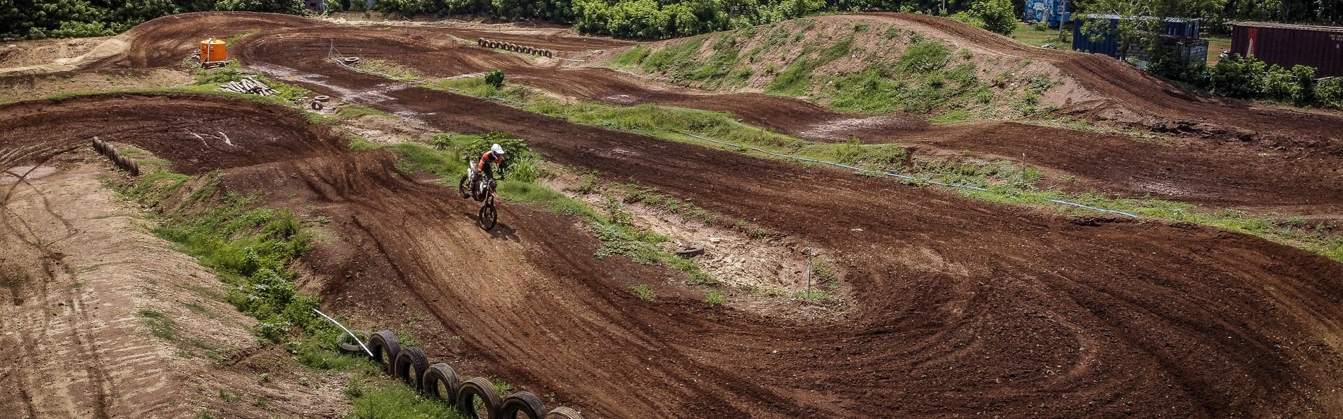 Bali_Dirt_Bikes_Home_Slider_Trails_Bali-Dirt-Bike-Park